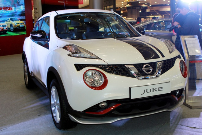 Nissan Juke gan loat phu kien the thao o Ha Noi hinh anh