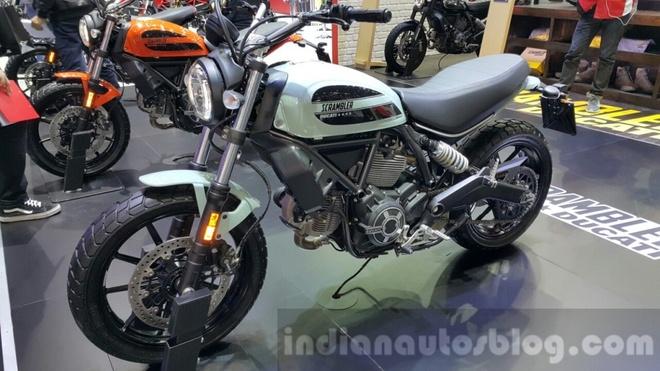 Ducati Scrambler Sixty2 den thi truong Dong Nam A hinh anh 1
