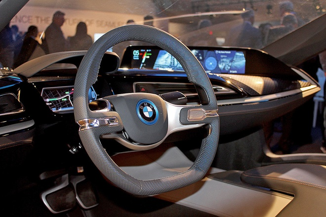 Y tuong BMW i8 Spyder tu dieu khien ra mat o CES 2016 hinh anh 6