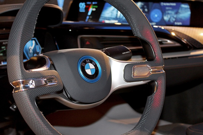 Y tuong BMW i8 Spyder tu dieu khien ra mat o CES 2016 hinh anh 7