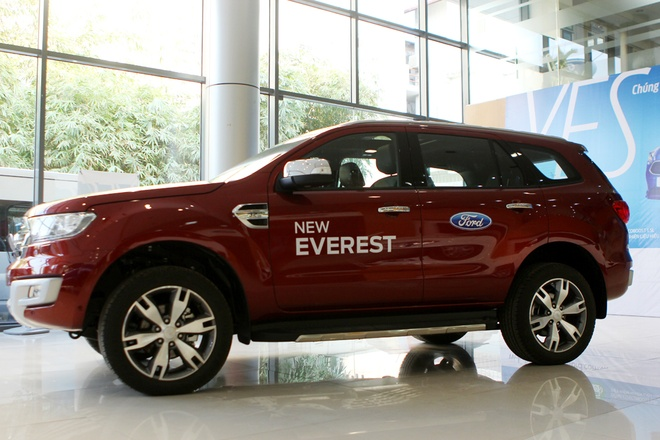 Chi tiet Ford Everest 2016 gia hon 1,6 ty dong vua ban o VN hinh anh