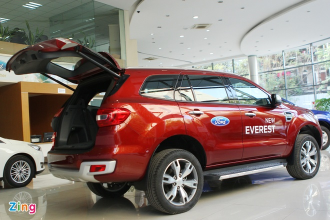 Chi tiet Ford Everest 2016 gia hon 1,6 ty dong vua ban o VN hinh anh 2