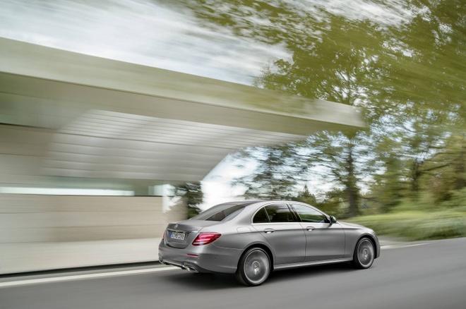 Mercedes-Benz E-Class the he thu 10 chinh thuc ra mat hinh anh 8