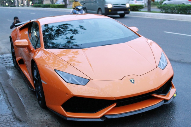 Lamborghini Huracan mau doc cua dai gia Da Nang hinh anh