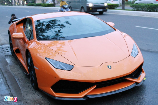 Lamborghini Huracan mau doc cua dai gia Da Nang hinh anh 1