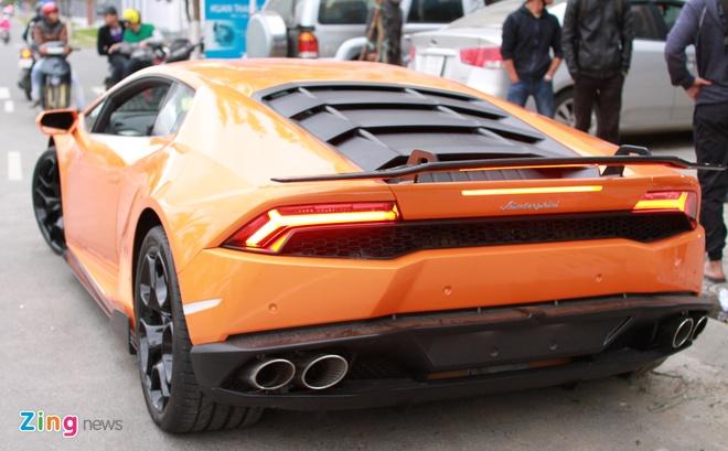 Lamborghini Huracan mau doc cua dai gia Da Nang hinh anh 2