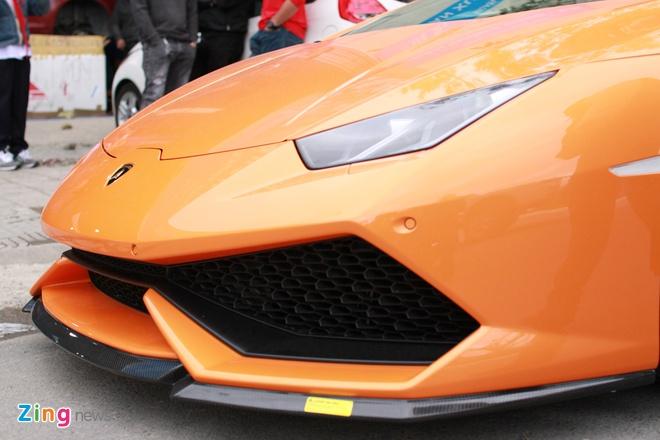 Lamborghini Huracan mau doc cua dai gia Da Nang hinh anh 3
