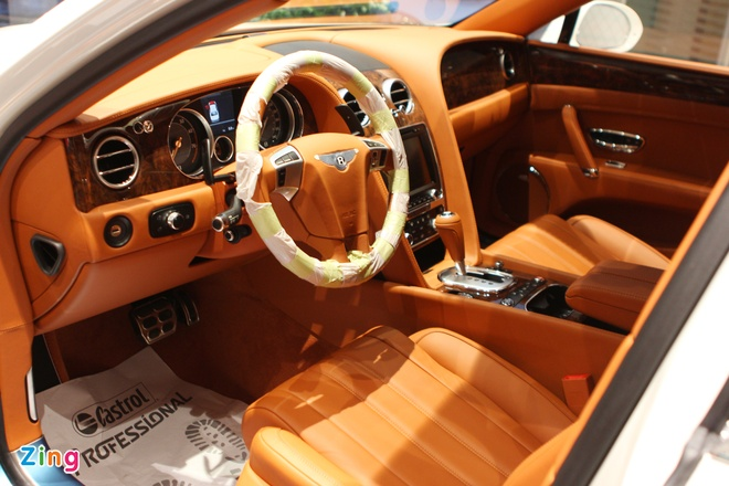 Cap Bentley Flying Spur W12 chinh hang gia tu 11,4 ty dong hinh anh 3