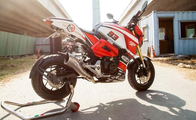 Honda MSX 125 do dan ao the thao cua biker Sai Gon hinh anh 1