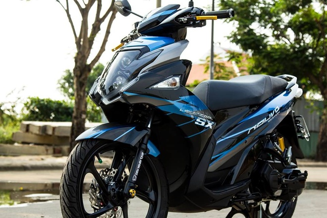 Nouvo Fi 2015 son tem dau dan ao cua biker Ha Noi hinh anh 1