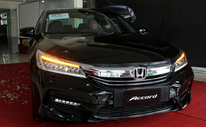 Anh chi tiet Honda Accord 2016 dau tien o Viet Nam hinh anh