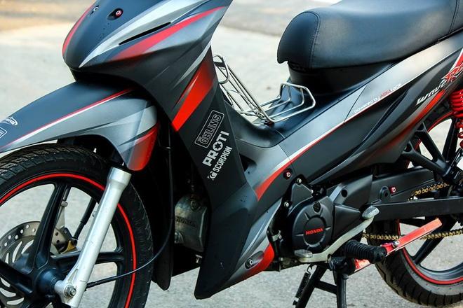 Honda Wave RS 2013 lot xac voi dan vo son phoi mau hinh anh 3