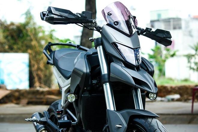 Ducati Hyperstrada son phoi mau xam den cua biker Sai Gon hinh anh 3