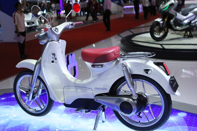Xe concept Honda EV Cub chay dien den Viet Nam hinh anh