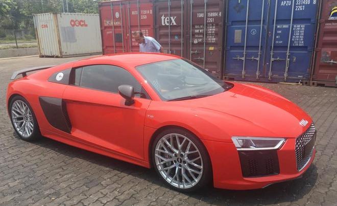 Sieu xe Audi R8 V10 Plus 2016 dau tien ve Viet Nam hinh anh