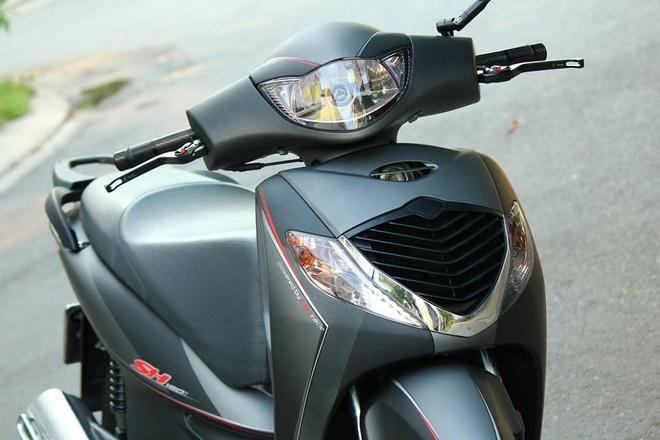 Honda SH 2008 son dan ao mau xam den thanh lich o Sai Gon hinh anh 2