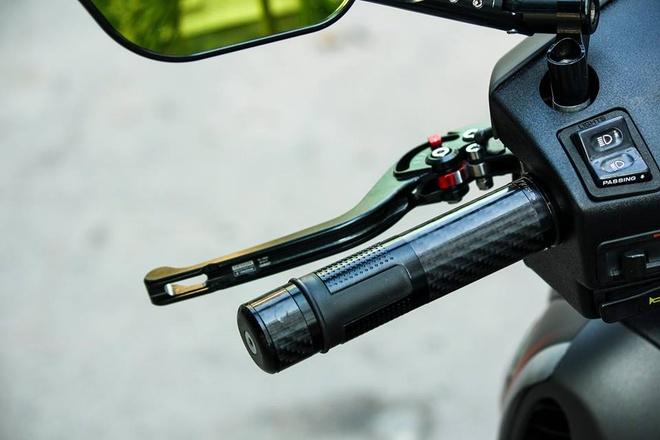 Honda SH 2008 son dan ao mau xam den thanh lich o Sai Gon hinh anh 4