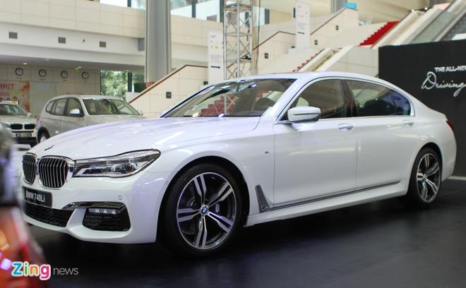 BMW, Rolls-Royce lan dau lam trien lam chung o Viet Nam hinh anh 6