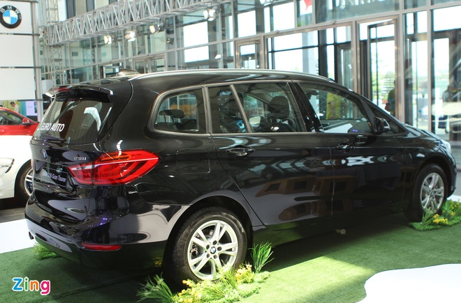 BMW, Rolls-Royce lan dau lam trien lam chung o Viet Nam hinh anh 7