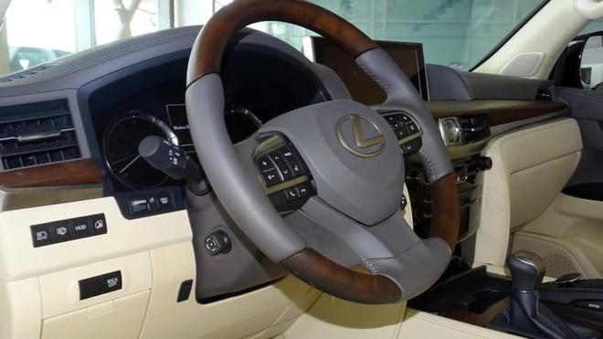 Lexus LX 570 cat mui gia hon 350.000 USD o Dubai hinh anh 5