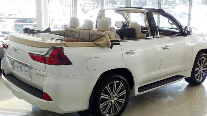 Lexus LX 570 cat mui gia hon 350.000 USD o Dubai hinh anh