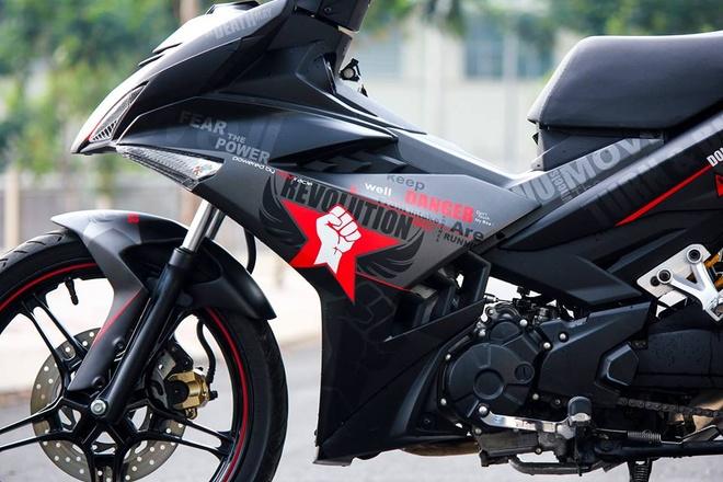Exciter 150 mau xam nam tinh cua biker Phu Yen hinh anh 2