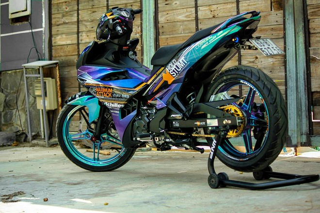 Exciter 150 mau doc cua biker Tien Giang hinh anh 7