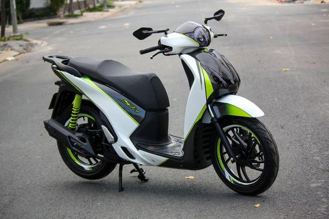 Honda SH 125i son phoi mau tre trung cua biker Sai Gon hinh anh 6