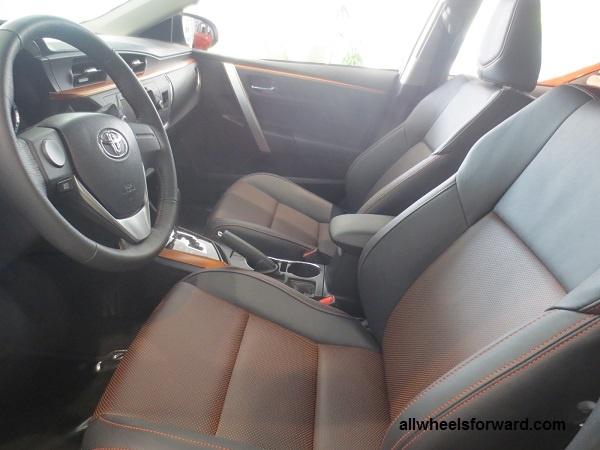 Toyota ra them Corolla Altis X voi ngoai that the thao hinh anh 3