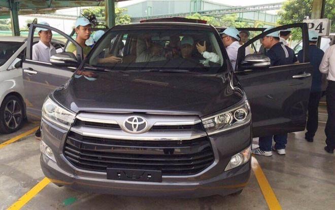 Toyota Innova 2016 ban cao cap o VN se co 7 tui khi hinh anh