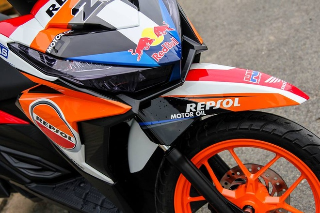 Honda Click 125i son dan ao phong cach CBR1000 Repsol hinh anh 3