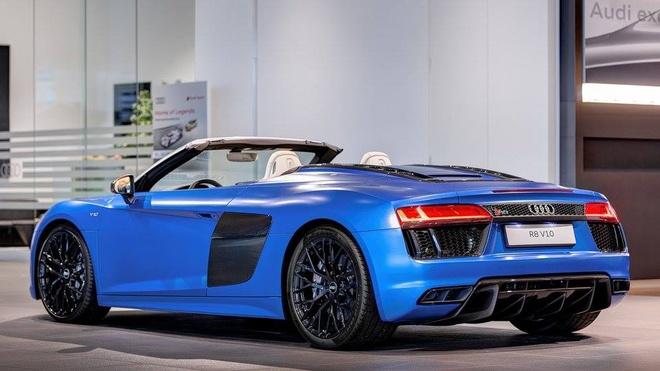 Audi R8 V10 mui tran mau doc hinh anh