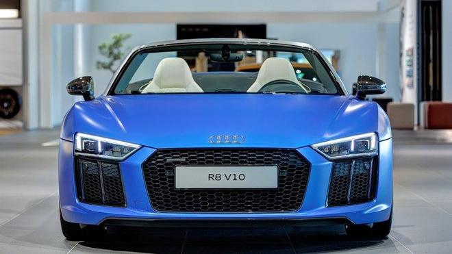 Audi R8 V10 mui tran mau doc hinh anh 6