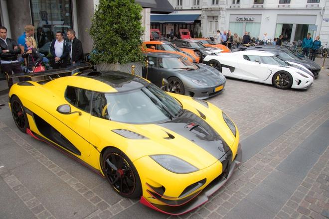 Dan sieu xe Koenigsegg khoe ve dep o Thuy Dien hinh anh 1