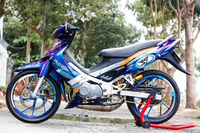Xe 2 thi Suzuki Satria mau doc cua biker Lam Dong hinh anh 1