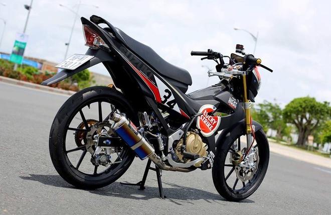 Suzuki Raider nhap Thai do tem xe dua cua biker Sai Gon hinh anh 2