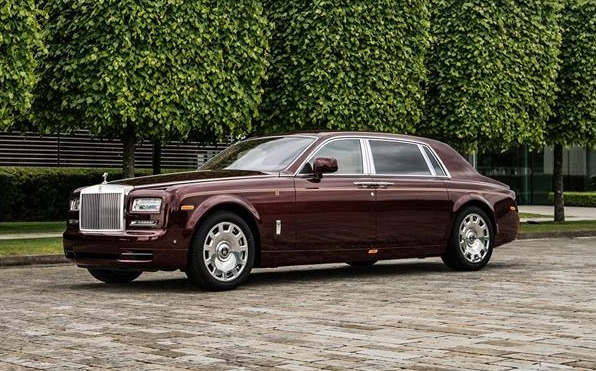 Rolls-Royce Phantom ban Hoa binh Vinh quang cua dai gia VN hinh anh