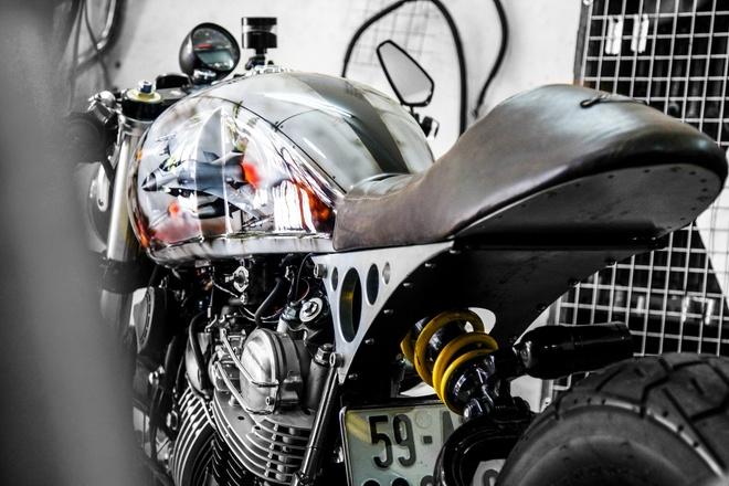 Yamaha XV750 do cafe racer cua biker Sai Gon hinh anh 4
