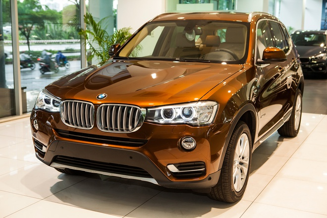 BMW X3 ban ky niem 100 nam co gia gan 2,4 ty dong o VN hinh anh