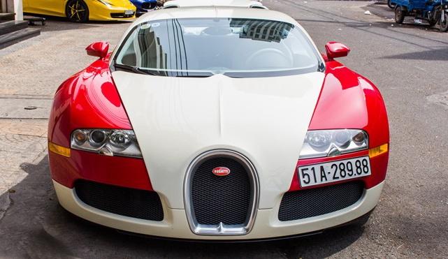 Minh Nhua ban sieu xe Bugatti Veyron hinh anh