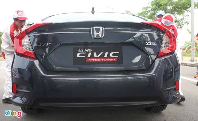 So sanh Honda Civic the he moi va cu o Viet Nam hinh anh 7