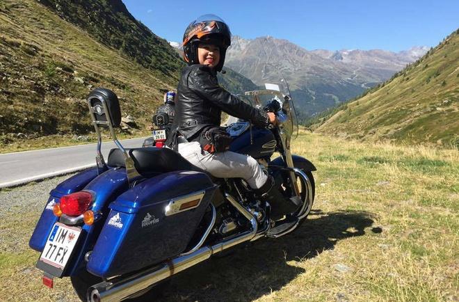 Nu biker Viet chay moto hon 3.000 km qua 5 nuoc chau Au hinh anh 1