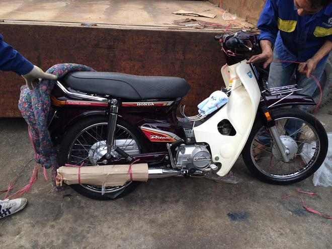 Honda Dream II hang hiem 140 trieu chua ban o Sai Gon hinh anh