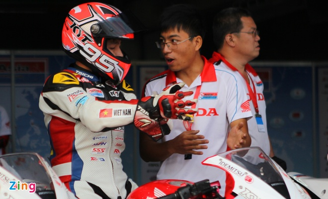 Can canh dan xe dua 250 phan khoi cua Honda o Thai Lan hinh anh 12