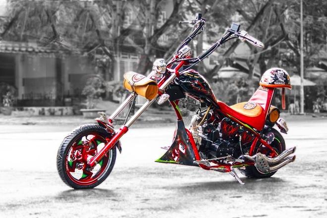 Moto 50 phan khoi do kieu dang chopper doc dao o Sai Gon hinh anh 2