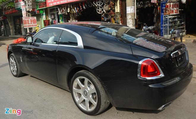 Rolls-Royce dai gia tang Hoa hau Thu Ngan hon 30 ty dong hinh anh 2