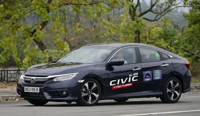 Danh gia Honda Civic 2017: Nhieu thay doi, the thao hon hinh anh