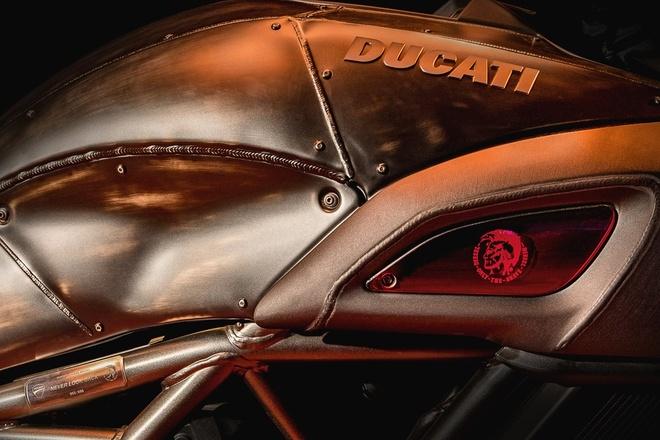 Ducati Diavel Diesel 2017 phien ban gioi han trinh lang hinh anh 4