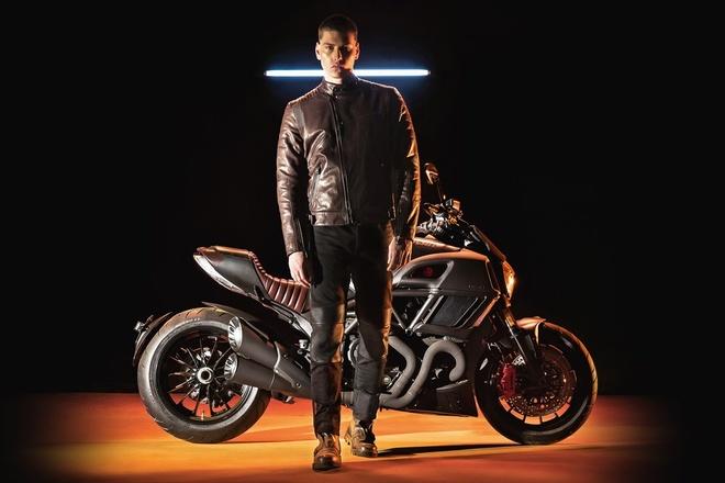 Ducati Diavel Diesel 2017 phien ban gioi han trinh lang hinh anh 7