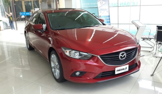 Mazda 6 ban cu giam 140 trieu dong o Viet Nam hinh anh